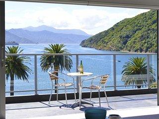 Seaview Waterfront Apartments, Picton