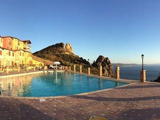 Villa Lucy, Nebida