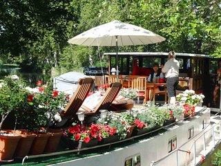 Hotel Barge Caroline Cruises Canal du Midi, Capestang