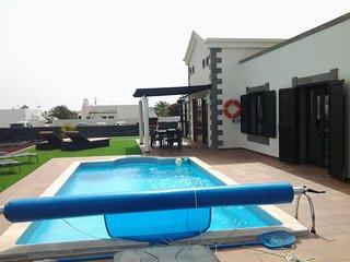 Villa Dalriada: Luxury detached villa private pool