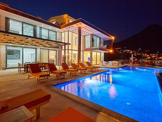 Brand New Luxury Villa (Free Airport Transfers), Kalkan