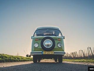 Campervoet . nl  bij ons huurt u een toffe vw bus