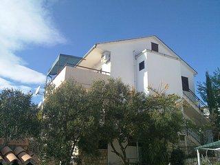 Apartments ZBarišić, Seget Vranjica