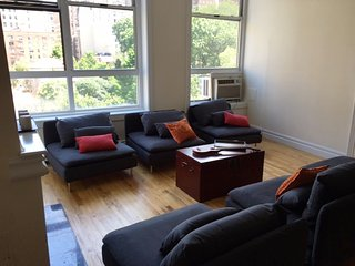 2700 sqft Modern Apt. in Historic Bldg. On USW, New York City