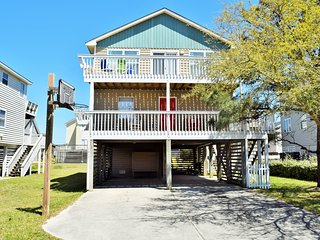 Updated 4BR with 4 Decks!- Between the Highways, Kill Devil Hills