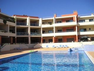Dunas do Mar 2 bed apartment with UK television channels and free Wi-Fi