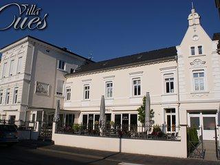 NEU: 5 Sterne Cusanus Apartment in der Villa Cues, Bernkastel-Kues