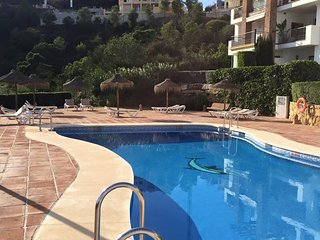 Modern 3 Bedroom Apartment - Los Arqueros Golf, Benahavis