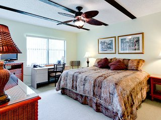 Turtle Cove- A+Rated Resort Villa near Beach & IMG, Bradenton