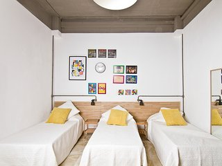 Seafront apartment, St' georges bay sleeps 3 - AP3, Saint Julian's