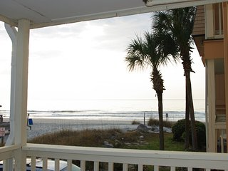 Updated Beach Front Condo in Garden City SC USA