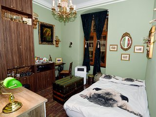 Retro Style Air Conditioned Room in Rijeka center,15 min walk from Bus station