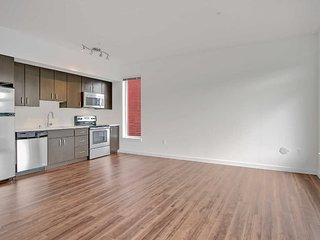 Adorable Studio Apartment in Redmond - Perfect Lifestyle