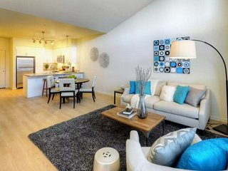 Lovely 1 Bedroom Apartment in Mill Creek