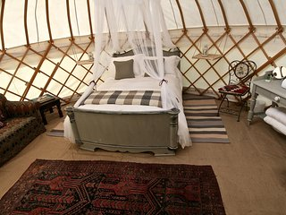 Edinburgh Glamping Accommodation, Newbridge