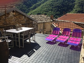 Rezzo holiday home rental Casa di Farfalla