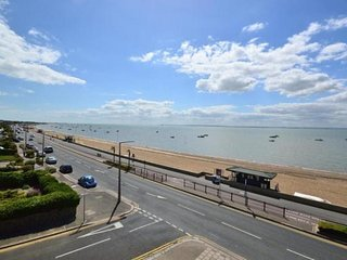 Luxurious ground floor 2DB Executive Apartment / long term lets, Thorpe Bay