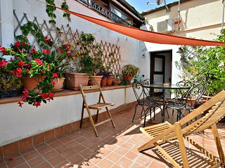 Casa Tea, apartment with private terrace, Alghero