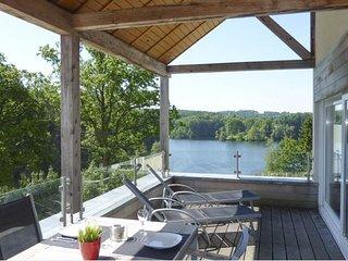 La Terrasse du Lac (Ernesto), Robertville