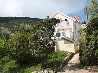 Villa Maestral
