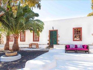 Casa Emblemática Villa Delmás, Haria