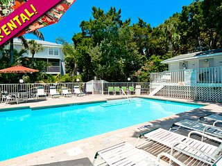 Beach Village 48: 3BR Condo with Pool, Holmes Beach