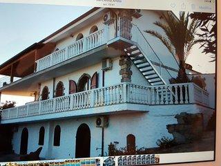 casa vacanza con piscina, Sant'Anna Arresi
