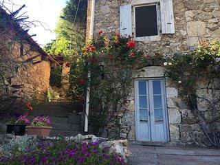 Gîte l'Hirondelle met formidabel uitzicht over de Ardeche, Vals-les-Bains