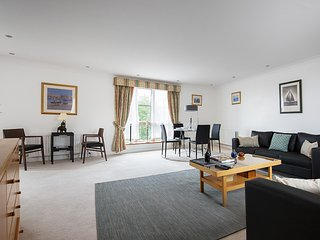 Luxurious two bedroom apartment, Londres
