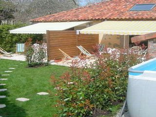 Granges pour 12 pers, 6 ch, 3sdb, piscine, jardin, Soustons