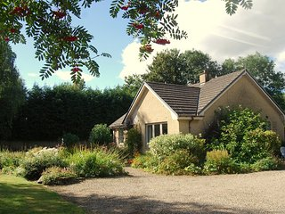 Cramond Holiday Cottage by Aberfeldy, Weem