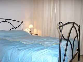 Apartamento nuevo con parking, Playa de Gandia