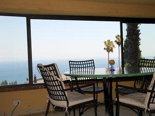 Taormina BayView Apartment