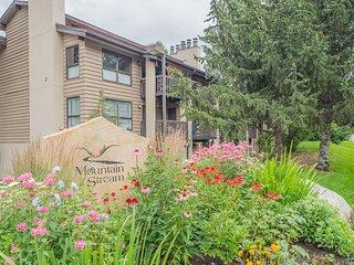 Riverfront condo w/ mountain views - close to conveniences & the slopes!