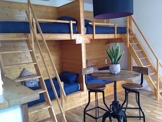 Backpackers Room in Skindles Guesthouse 2/4 person, Poperinge