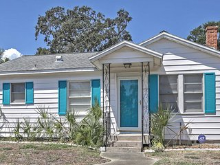 NEW! 3BR Daytona Beach Cottage w/Outdoor Shower!