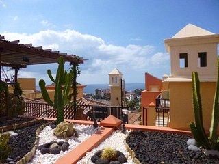 2 bedroom apartment in El Duque, Costa Adeje