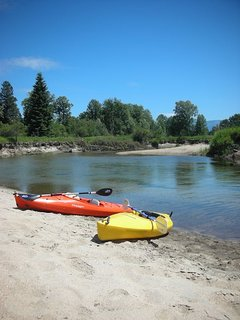 Pack river runs right through - sandy beaches, easy float