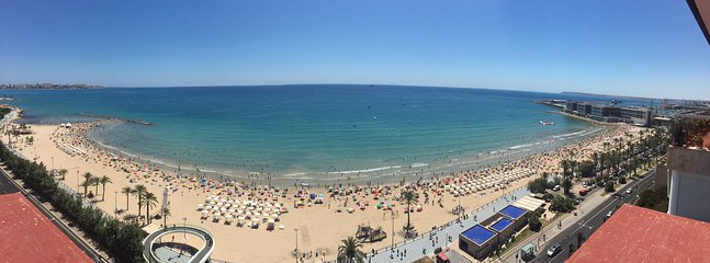 Playa Postiguet (a view from the roof)