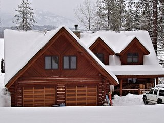 Oden Bay Log Home