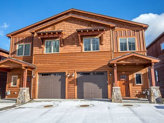 Mountainside Slopeside Home, Mc David