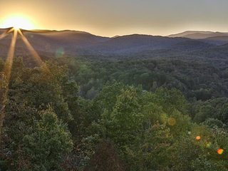 The Hen`s Roost, Blue Ridge