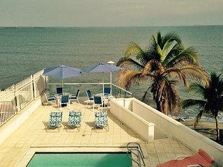 ESPECTACULAR CASA DE PLAYA PARA 16 PERSONAS, Santa Marta