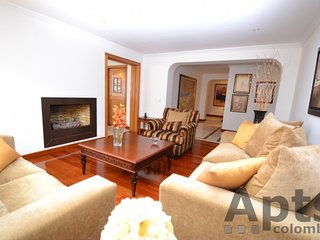 PALADIA - 4 Bed Family Apartment with luxury features - Multicentro, Bogota