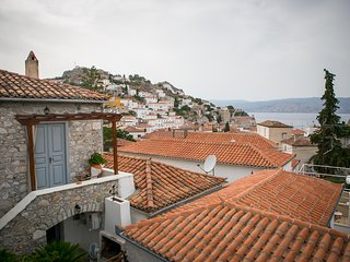 sea view apartment, Hydra Town
