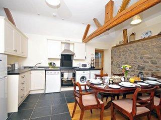 Newtown luxury cottage holiday - kitchen