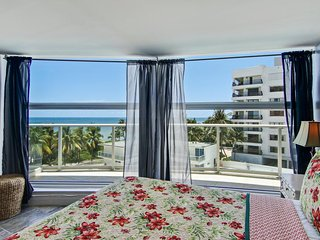 Spacious condo with resort amenities - including shared pool - and ocean views!