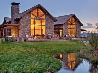 Fish Creek Lodge 2, Sleeps 8