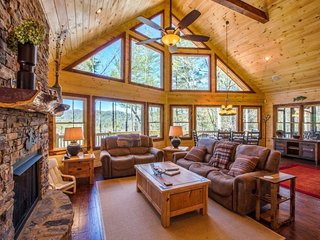 Big Creek Cabin ~ RA164873