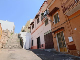 House economic holiday in Puglia in Salento in the historic center of Matino, a